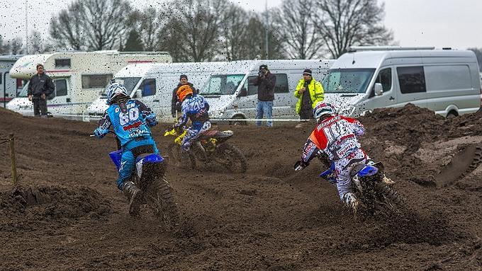 Team GDI Husqvarna grote winnaar 3-Uurs cross Lierop
